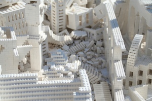 LEgo-city-collapse